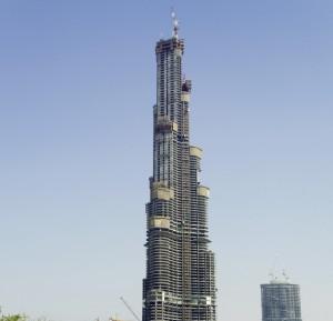 Завершение строительства башни Бурдж Халифа