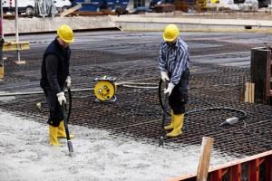 Прием бетона на плиту перекрытия