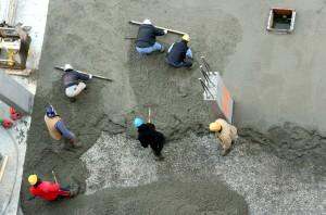 При приеме бетона используьт различные инструменты